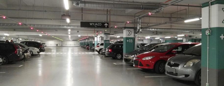 Jakie progi detekcji CO w halach garażowych?